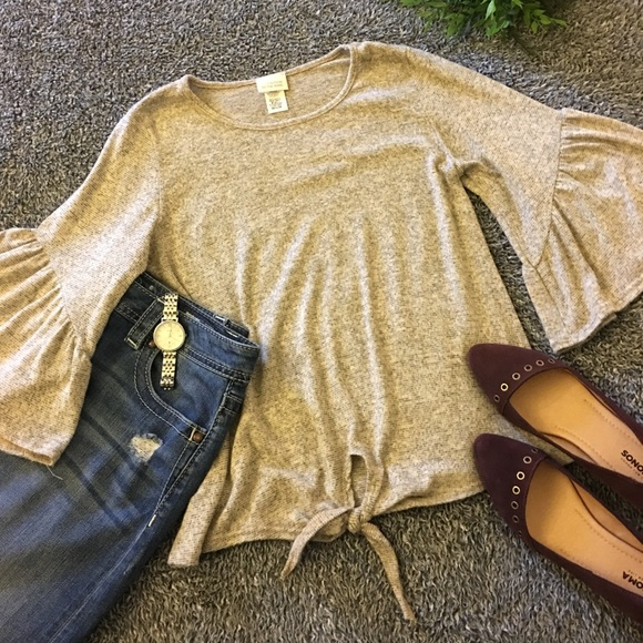 Caution To The Wind Tops - Tan ruffle sleeve top!!